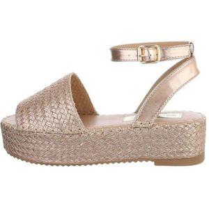 Dámske sandále na kline vel. 36